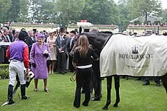 Ryan Moore and Her Majesty The Queen with Estimate